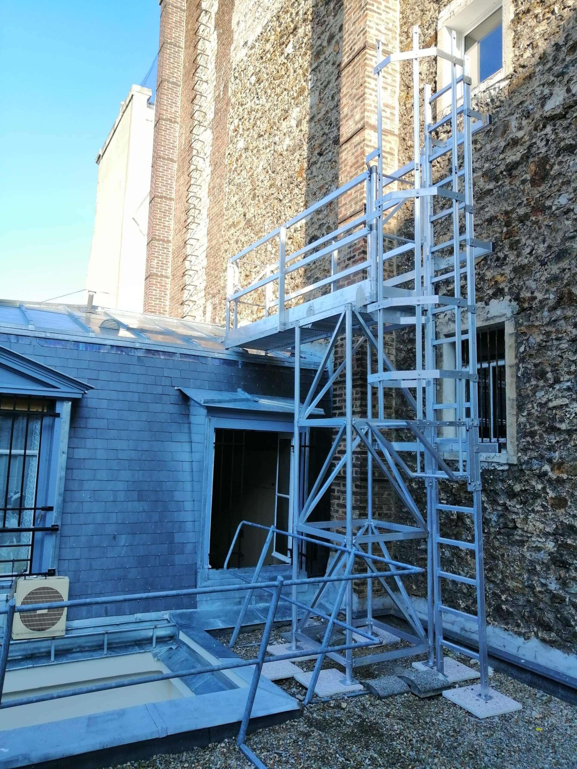 Escalier toiture
